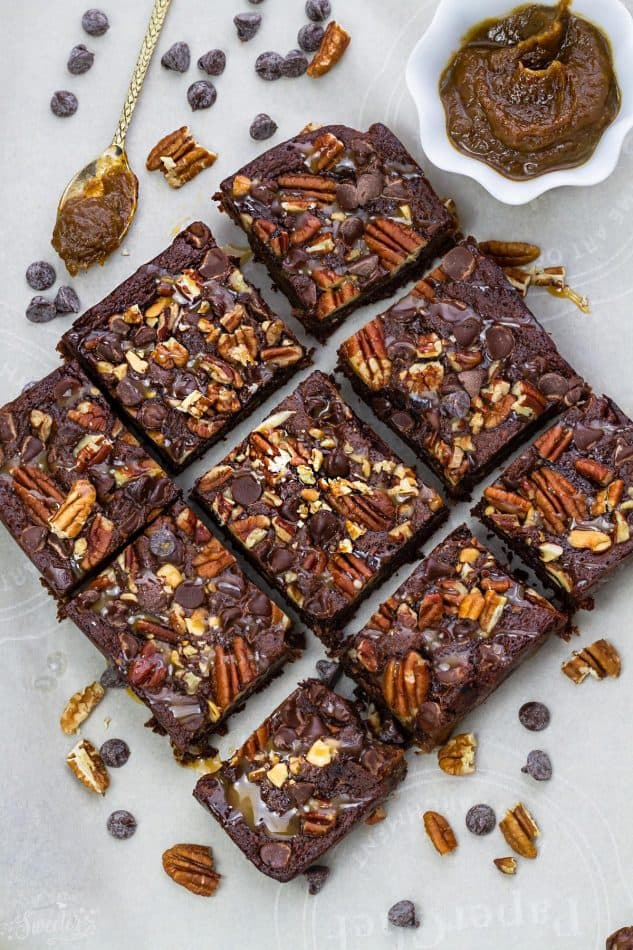 These Paleo Turtle Brownies taste completely indulgent while being secretly healthier, refined sugar free and gluten free. Best of all, this recipe is so easy to make and has all your favorite flavors of Turtles! Melt in your mouth and perfect for any fudgy brownie fans!