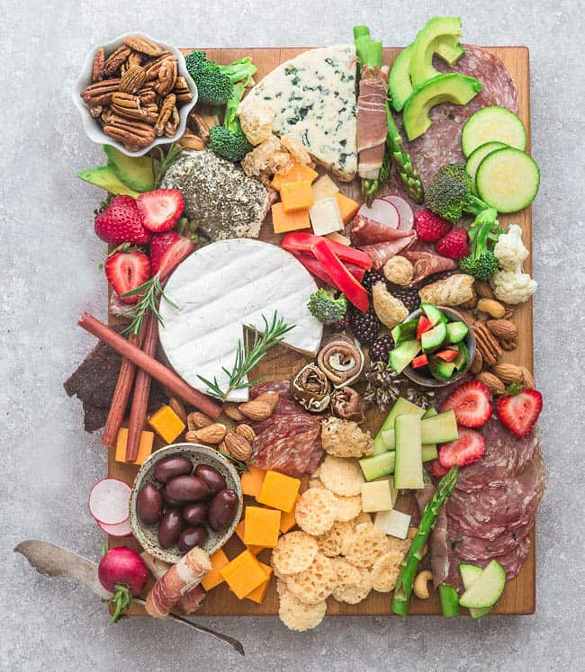 Low-carb cheese platter for Memorial Day recipes.